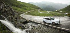 Odborníci značky SEAT na extrémní testy a odolnost vozidel sestavili výběr silnic z celého světa, na nichž je řízení jedinečným zážitkem. Některé stoupají do nepředstavitelných výšek v bezpočtu zatáček jako […]