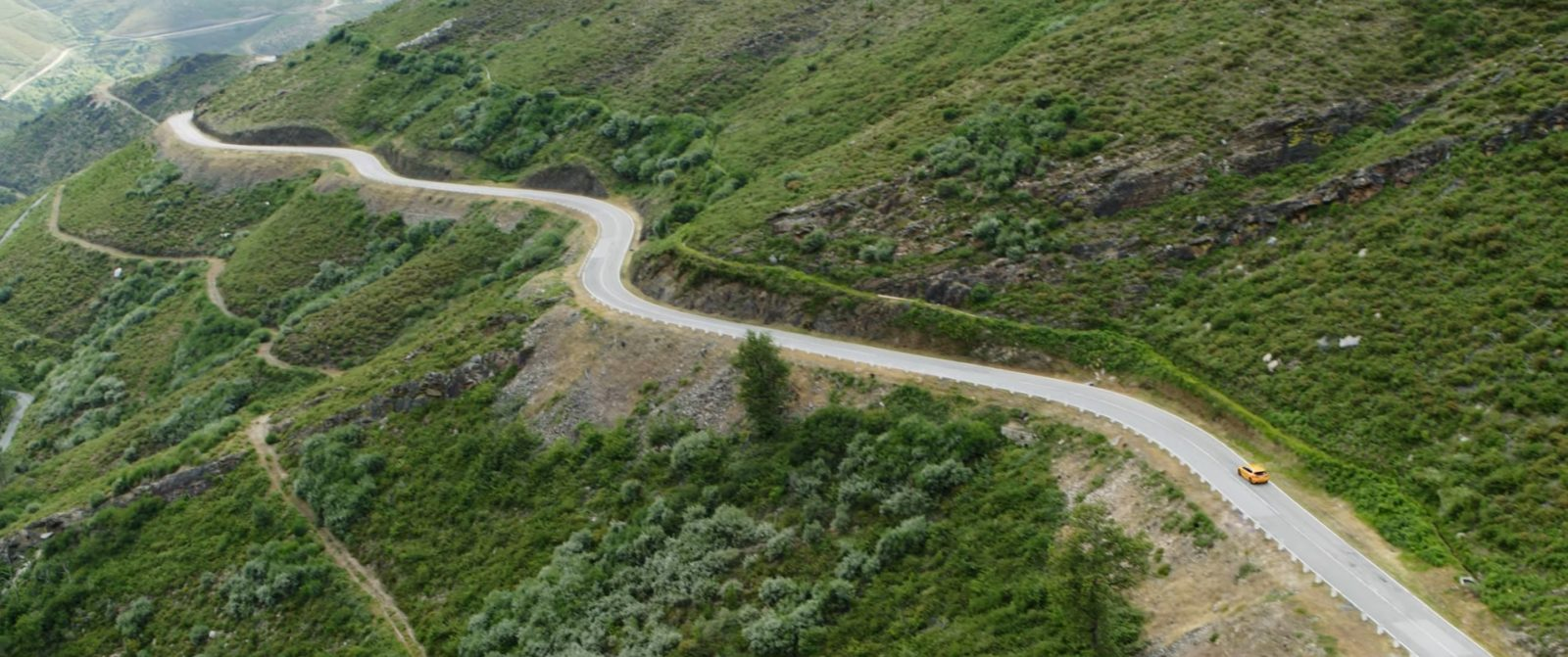 ford-focus-st-silnice-portugalsko